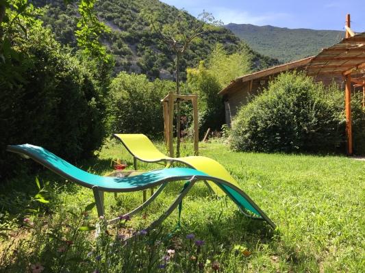 Du calme, de la détente, avec vue sur le Massif de la Séranne.
